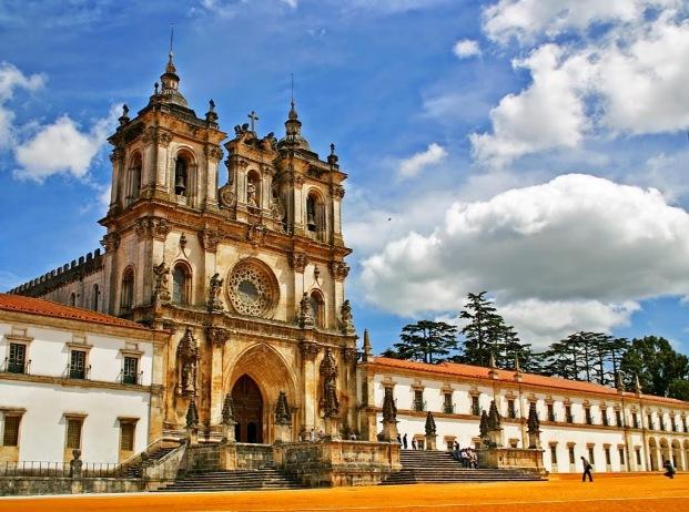 Monumentos Mosteiro-Alcobaça-1