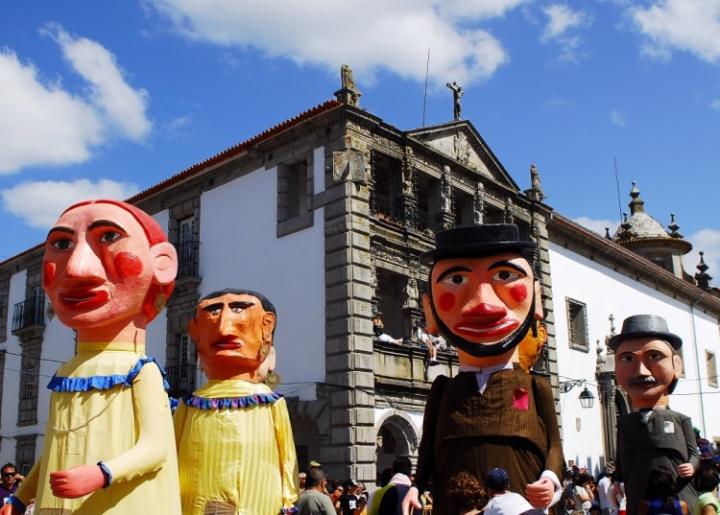 Carnaval Torres Vedras - Os cabeçudos