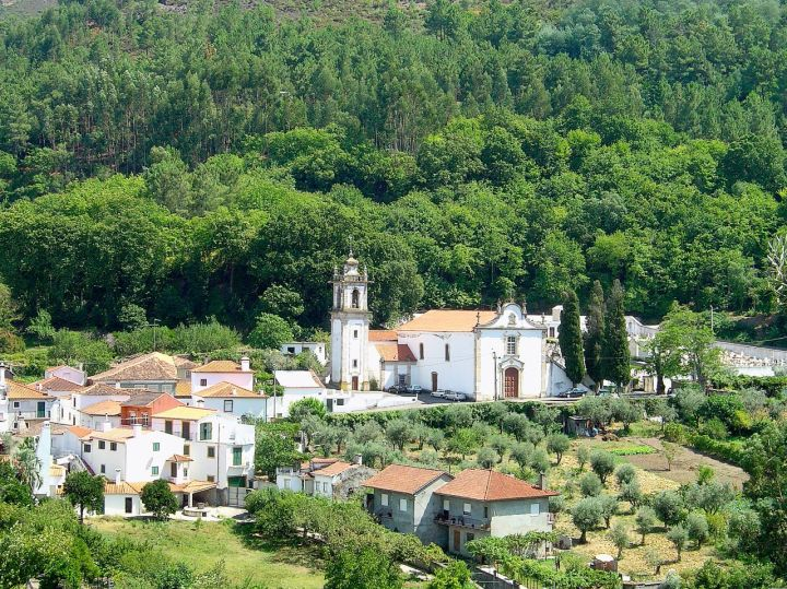 coimbra-G¢is_-_Portugal_(225228023).jpg