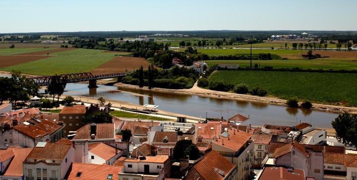 santarem-Coruche_embrancing_the_River_Sorraia_(5838018632).jpg