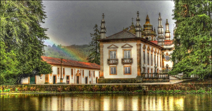 vila-real_vila-realCasa_Mateus,_Vila_Real,_Portugal_-_panoramio_(1).jpg